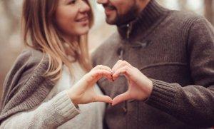 pareja con amor